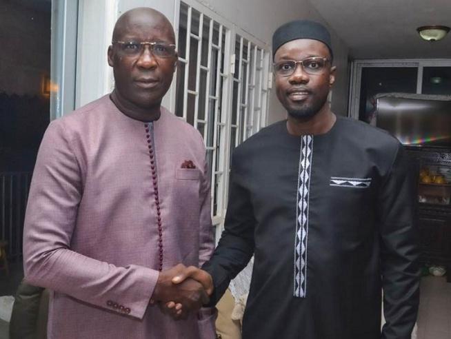 Pastef : Un ancien cadre d'Idrissa Seck rejoint Ousmane Sonko