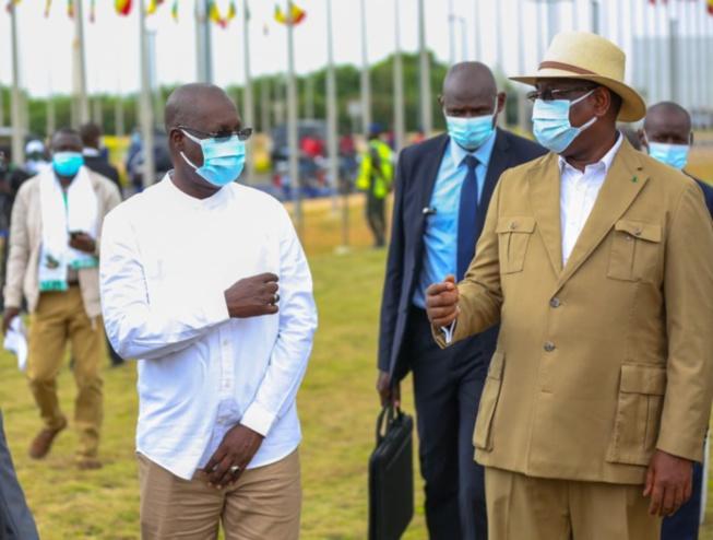 Lutte contre l'utilisation des sachets plastiques : Le Chef de l'État propose un accompagnement aux industriels et adoube son ministre de l'environnement