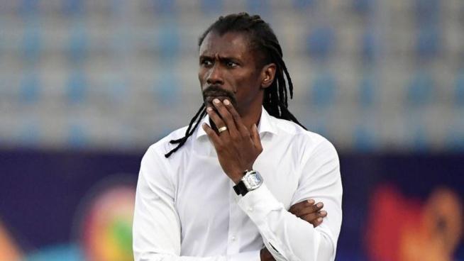 Encore une mauvaise nouvelle pour le Sénégal et Aliou Cissé, les Lions déplorent un 3e forfait