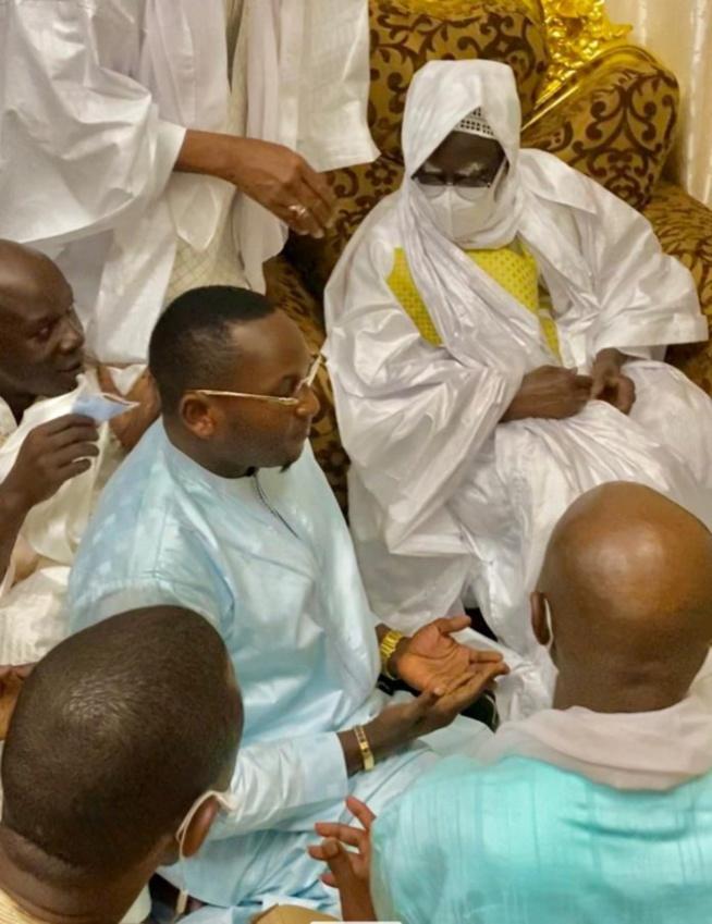 TOUBA- ALSAR de Mamadou Racine Sy reçu par le Khalif Général des Mourides