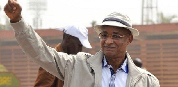 Présidentielle Guinée: Alpha Condé pressé par les diplomates pour qu'il reconnaisse sa défaite