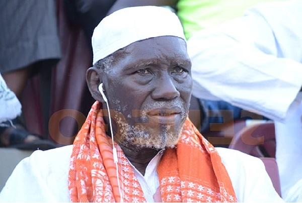Soutien à une légende de la lutte victime d'AVC : le ministre Matar Bâ offre un million à Mbaye Gueye le Tigre de Fass
