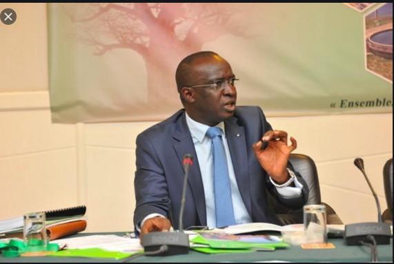 Moustapha Bâ: « Macky Sall avait trouvé un budget de 2 452 milliards FCfa, 9 ans après, le Sénégal en est à 4 589 milliards
