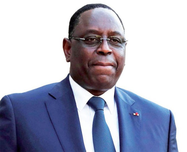 Quand Macky Sall joue double !