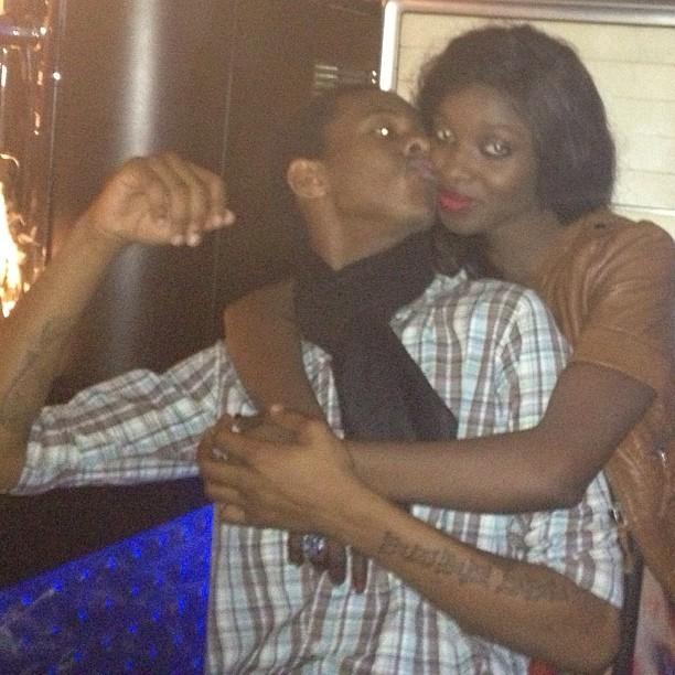 Ibou Kara donne une bise à Iman de Chanel