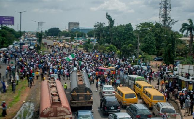 Nigeria: Lagos s'embrase, le mutisme du président Buhari interpelle