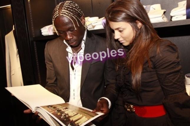 Voici Bacary Sagna et sa femme