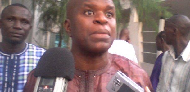 Aprés le scandale de la vidéo qi circule sur le net, le ministre Pape Amadou Ndiaye se lave à grande eau