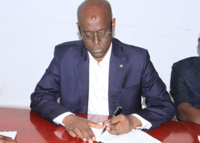 """""""Le Protocole de l'Élysée,..."""": Thierno Alassane Sall presente le livre et engage le débat !"""
