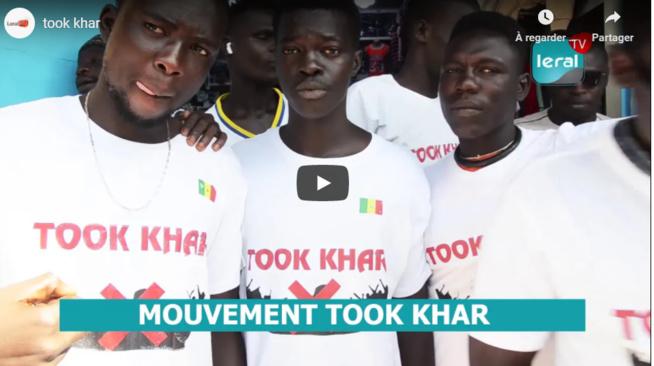 """Lutte contre l'émigration clandestine: De jeunes marchands ambulants de Petersen lancent """"Toog khar"""""""