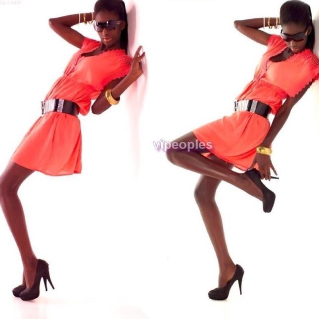 Khysha Mbengue en rose bonbon