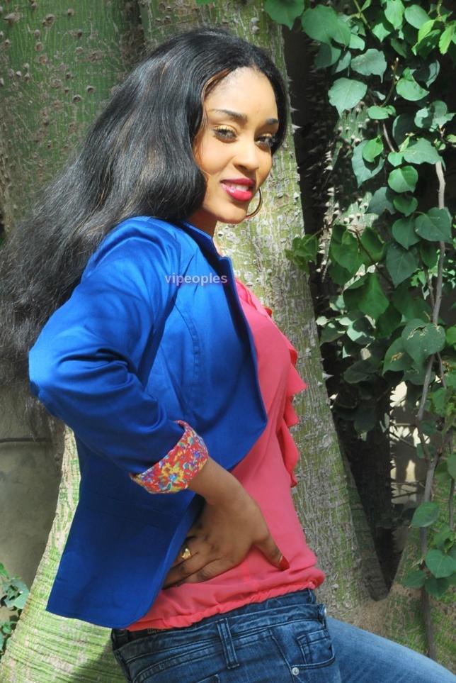 Fatima Zara Zah laisse Paris bouche cousue