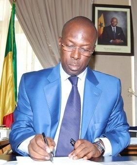 Souleymane Ndene Ndiaye précise à Vipeoples que Timzy Ndiaye n'est pas sa fille