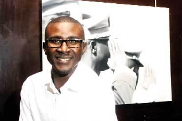 EXPO – «Gardes, à vous !» à l'Institut français : Mamadou Gomis rend hommage aux hommes de tenue