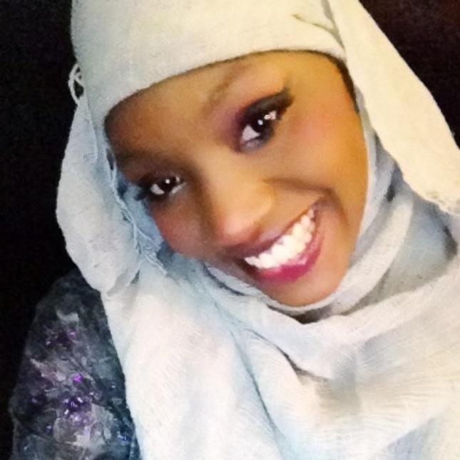 Coup de gueule: Samira Nicky Diop dit ses quatres vérités à Vipeoples, Dakaractu, Facedakar, Feelingdakar et Seneweb