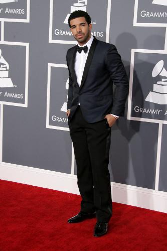 Drake refoulé à l'entrée d'une boite de nuit à cause de Chris Brown