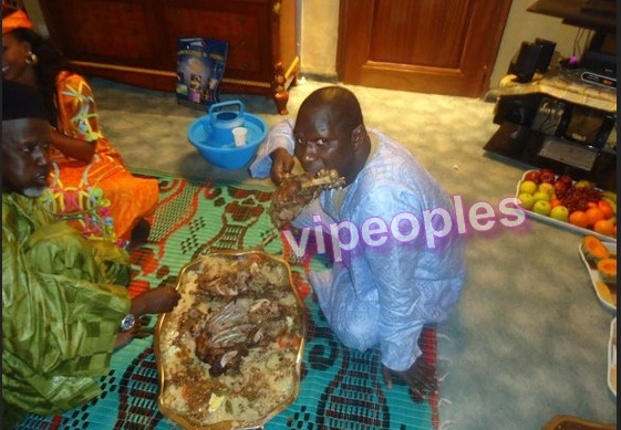 """Le platou  """"yaape"""": Vieil homme VS Salam Diallo"""