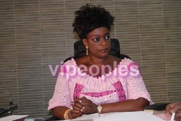 Ndeye Khady Gueye, adore la coiffure style pétard