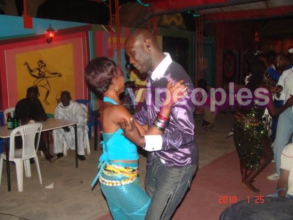 Mais avec qui danse Cheikh Ndiaye? l'ex copain de Toulli?
