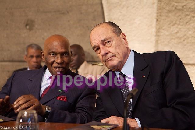 Que regarde les deux ex présidents? Jacques Chirac aurait-il influencé Abdoulaye Wade?