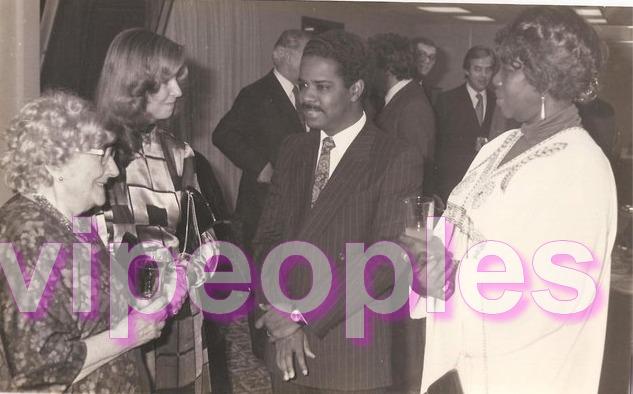 Encore une autre photo de Djibo Leity Ka. Il avait du succès lorsqu'il était jeune
