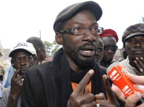 Fadel Barro de Y en a marre: « Macky Sall inquiète les Sénégalais… »