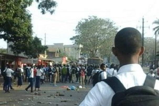 Cem Arfang Bessir Sonko De Bignona : des élèves molestent et blessent trois enseignants