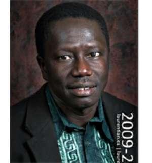 Youssou Gningue, enseignant à l'université Laurentienne Canada