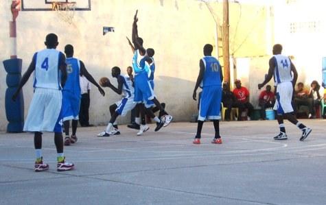 Basket Ball 3eme tout Garçon Phase 2 : Le SLBC s'enlise au moment où l'UGB se ressaisit