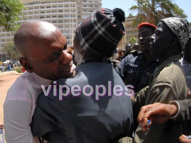le syndicaliste Youssou Touré fond en larme