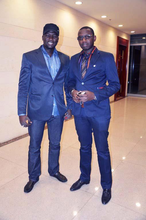 Les deux Vip, l'homme d'affaire Ass Ndoye et le baron à L'anniversaire du groupe Pape et Cheikh !!!