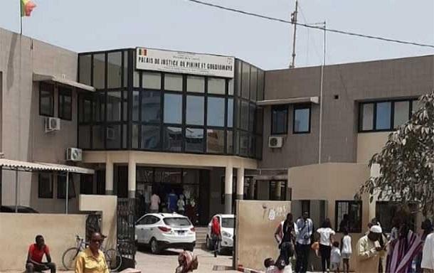 Attrait au Tribunal de Guédiawaye : Pour un balcon, l'ex-gendarme Albert Mendy détruit la maison de son voisin