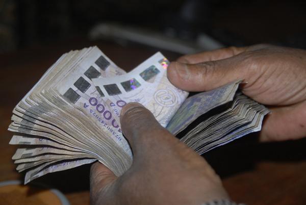 """400 millions évaporés des fonds de retraite : Le """"Puisatier"""" déféré au parquet"""