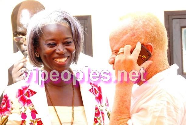 Un peu de musique à la présidence, Aminata Niane craque devant son fan !