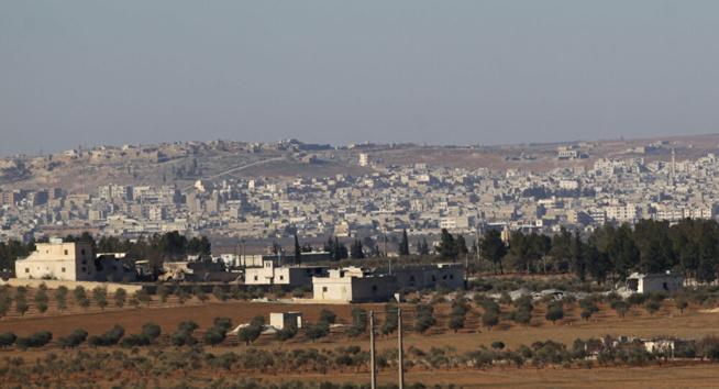 Cinq civils blessés en Syrie lors de la dispersion d'une manifestation par des radicaux