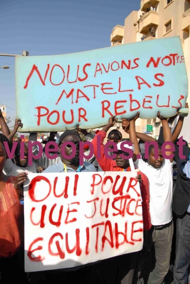 Marche du PDS le 23 avril, de la place de l'obélisque au rond point de la poste au quartier Médina