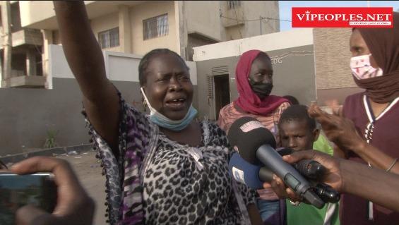 Des femmes chantent pour la libération de Sonko * Sonko Ololi * des paroles riches dans leurs langues