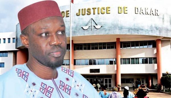 Direct au tribunal de Dakar Ousmane Sonko sous contrôle judicaire face au doyen des juge Samba Sall