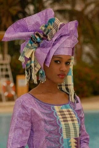 Le vendredi de Ndeye Ndack Touré. Ce jour lui va si bien!