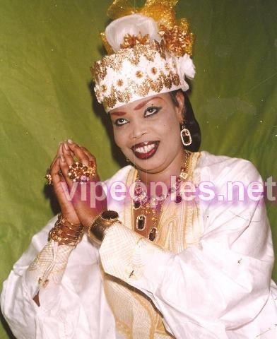 Fatou Lawbé toute souriante