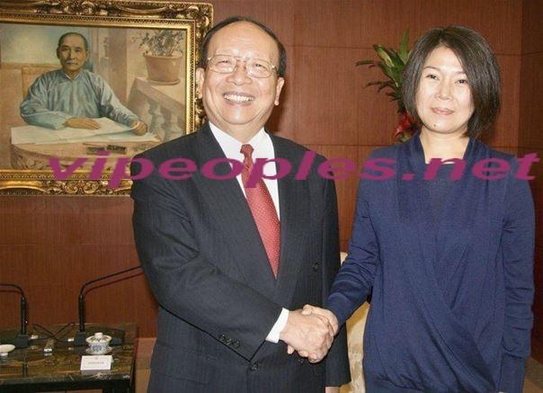 Fortune: la petite-fille de Mao Tsé-toung est millionnaire, les Chinois s'en amusent