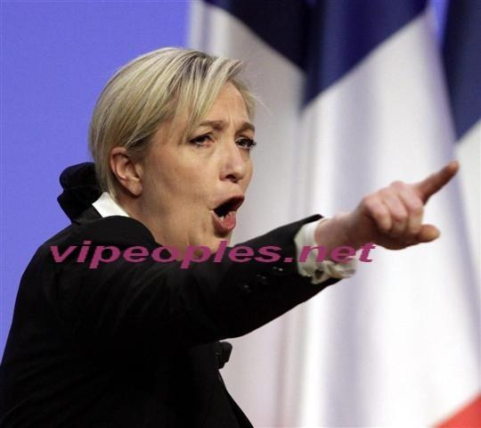"""Marine Le Pen encore Marine le Pen """"Ça me choquerait que Bob Dylan ait la légion d'honneur"""""""