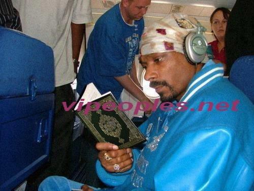 Le rappeur américain Snoop et le coran