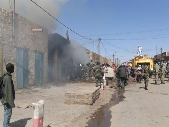 Incendie au Parc Lambaye de Pikine: Plus de 1600 mètres de marchandises partent en fumée