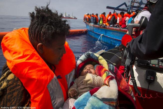 125 enfants en route vers l'Europe, secourus au large de la Libye