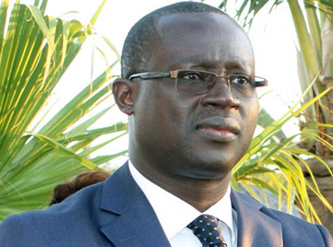 Augustin Senghor Pdt FSF abonné aux échec, mouillé encore dans un gros scandale.