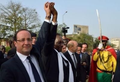 La Françafrique version HOLLANDE…(par Ahmadou FALL)