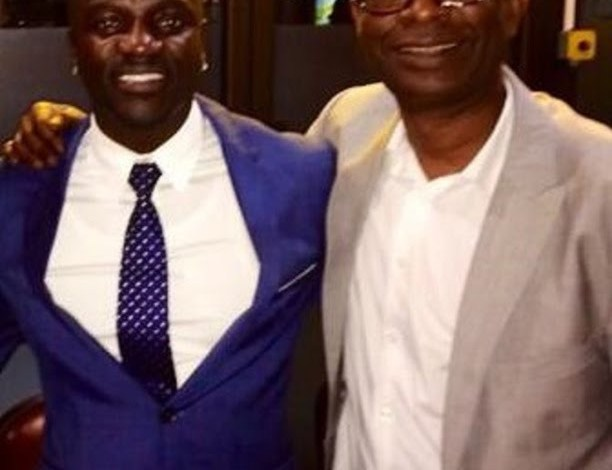 """Classement Forbes 2021 des 20 artistes africains les plus riches : Youssou Ndour, """"Roi d'Afrique"""", Akon second"""