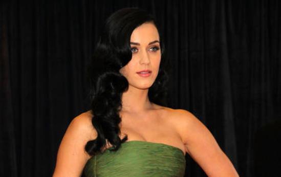 Russell Brand a divorcé de Katy Perry par... SMS