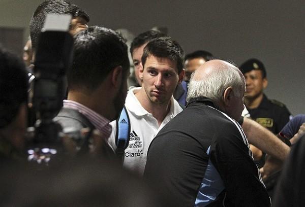 Lionel Messi et son père mis en examen pour fraude fiscale.